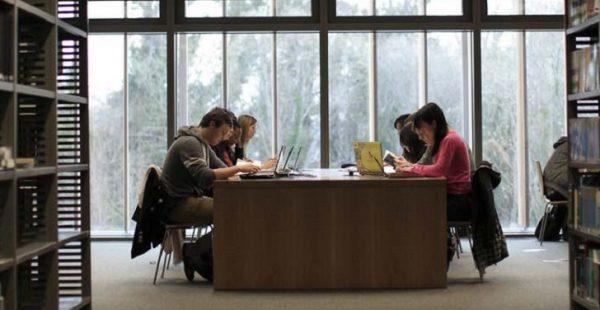 ÇŞB'den öğrencilere 360 bin liralık burs