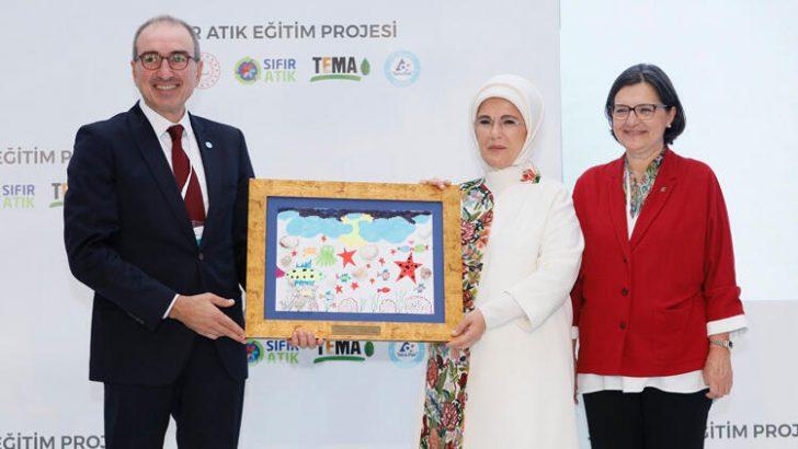 """Tetra Pak'a """"Sıfır Atık Eğitim Projesi"""" ile sürdürülebilir iş birliği ödülü"""